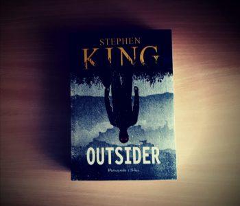 """Stephen King - """"Outsider"""". Kryminał inny niż wszystkie."""