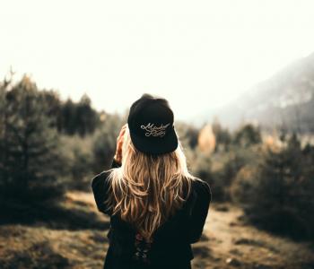 samotność, samotne spędzanie czasu, bycie ze sobą, przebywanie sam na sam, miłość do siebie, jak pokochać siebie, jak odnaleźć drogę w życiu,czemu boimy sie samotności, jak nie być samotnym, jak odnaleźć sens życia