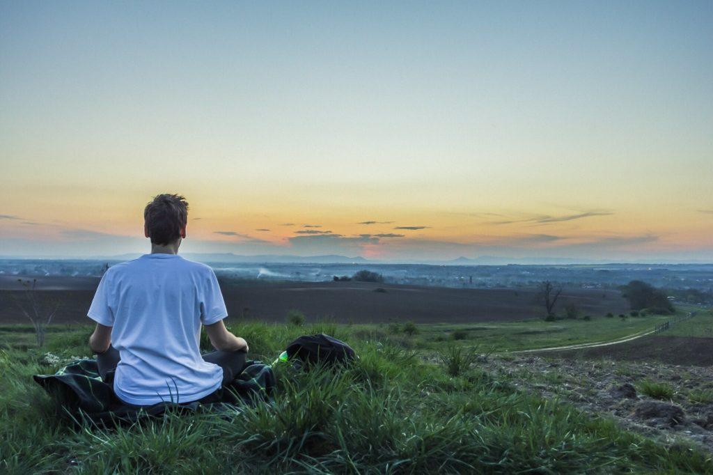 medytacja, jak rozpocząć medytowanie, praktyka medytacji, mity na temat medytacji, po co medytować, rozój intuicji, rozwój duchowy, rozój osobisty, jak odnaleźć swoją drogę w życiu, jak odnaleźć sens życia, jak odnaleźć siebie