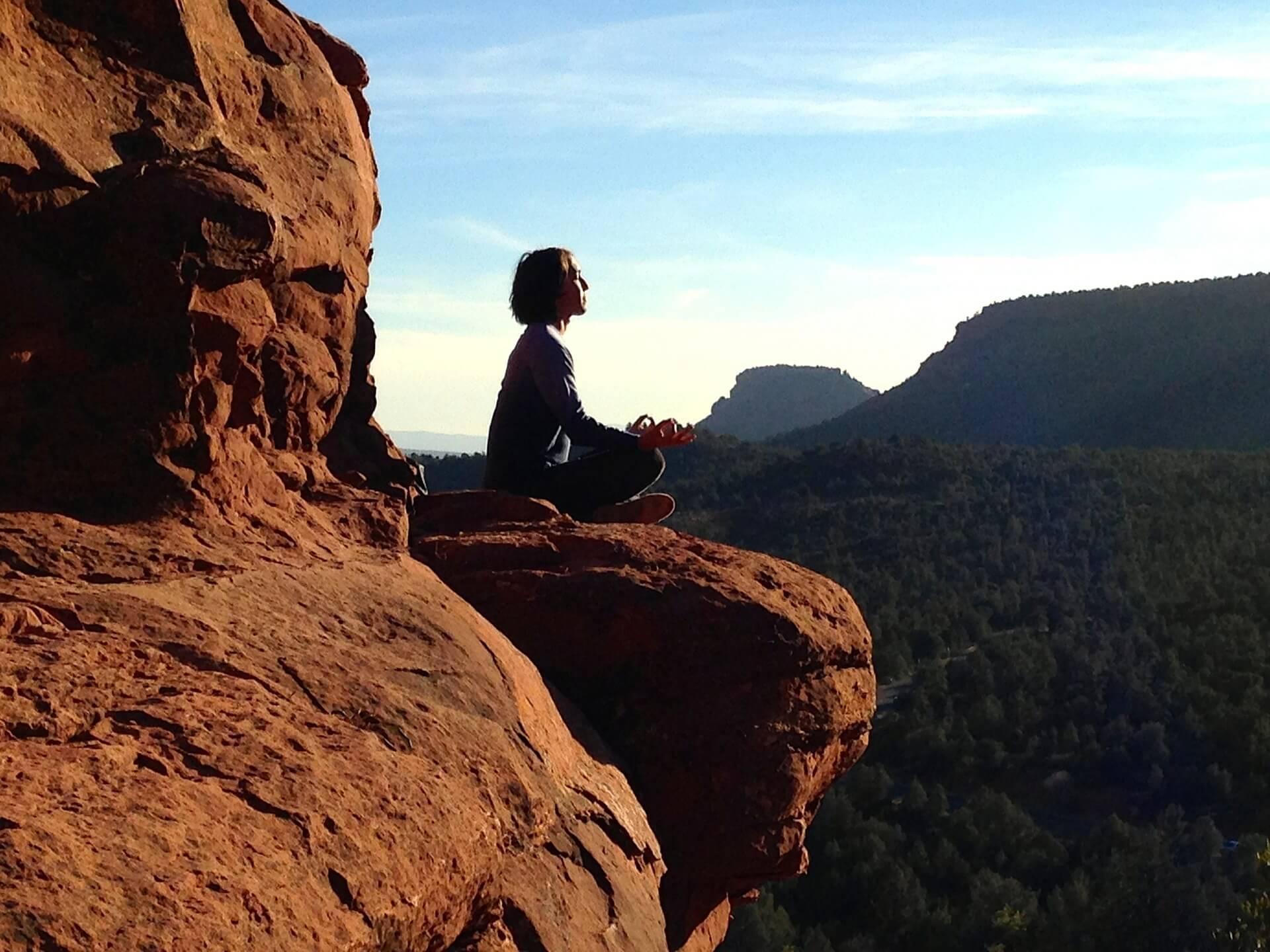 medytacja, jak rozpoczac medytowanie, praktyka medytacji, mity na temat medytacji, po co medytować, rozój intuicji, rozwój duchowy, rozój osobisty, jak odnaleźć swoją drogę w życiu, jak odnaleźć sens życia, jak odnaleźć siebie