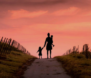 Dzień Matki tylko 26 maja? Kim jest mama?