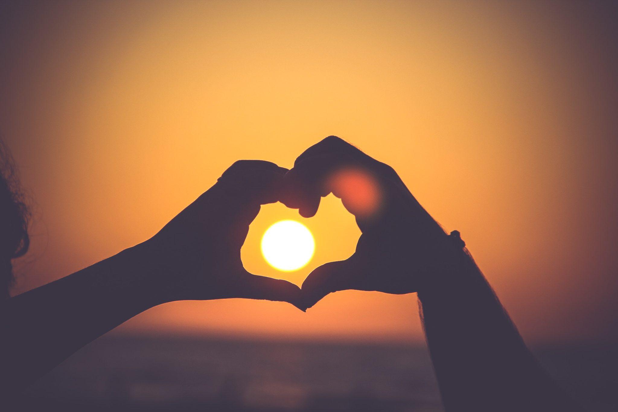 kryzys, związek, problemy, relacje, miłość, kłótnie, kryzys w związku, problemy w związku, nieudana relacja, rozpad, rozwód, szczęście, radość, smutek, dobry związek, kobieta, meżczyzna, para