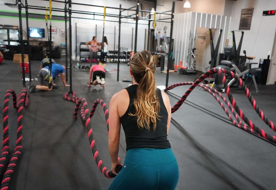 sport, sport to zdrowie, kobiety w sporcie, zalety sportu, kontuzje