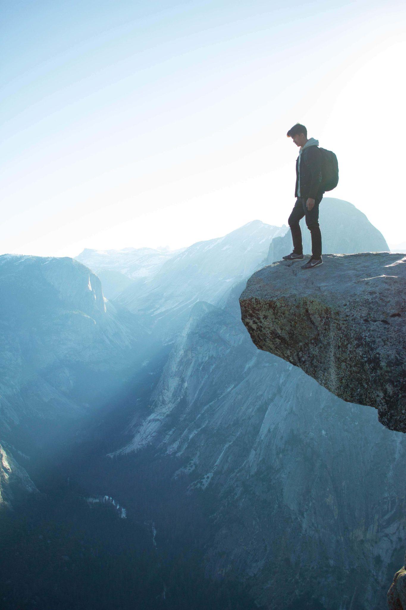 podroż, odwaga, samotność, jak żyć w zgodzie ze sobą, odważne życie, zmiana życia, podejmowanie decyzji