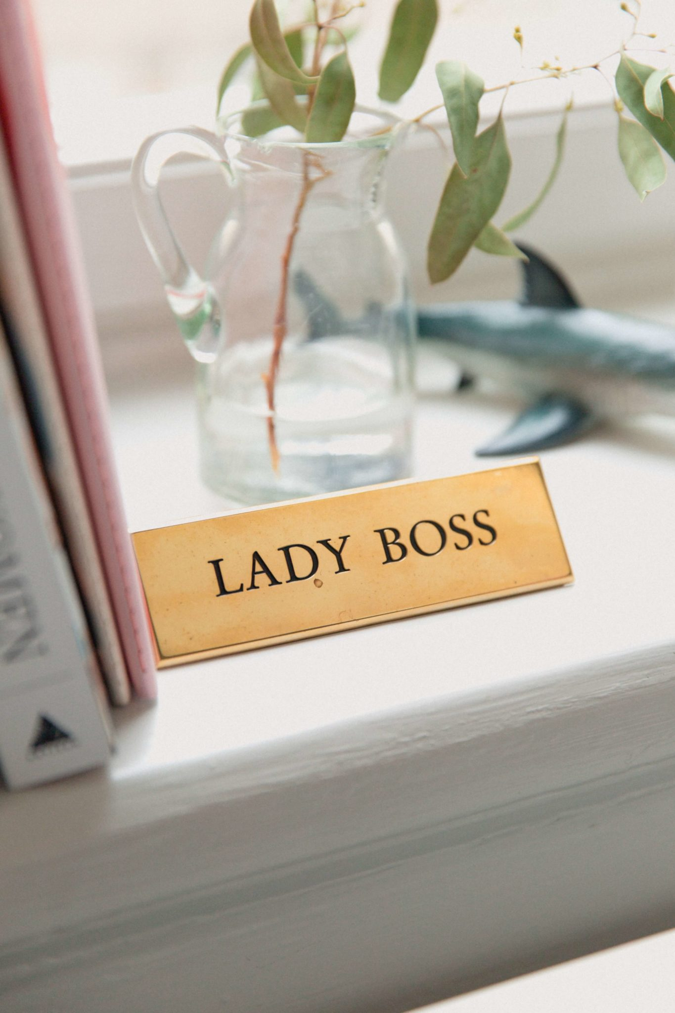 kobieta niezależna, kobieta jako szef, lady boss, firma, sukces, kobieta sukcesu