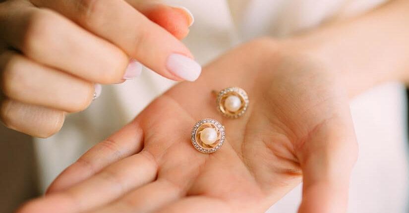 zdjęcie wpisu Biżuteria ma znaczenie! Jak wybrać najlepszą opcję?