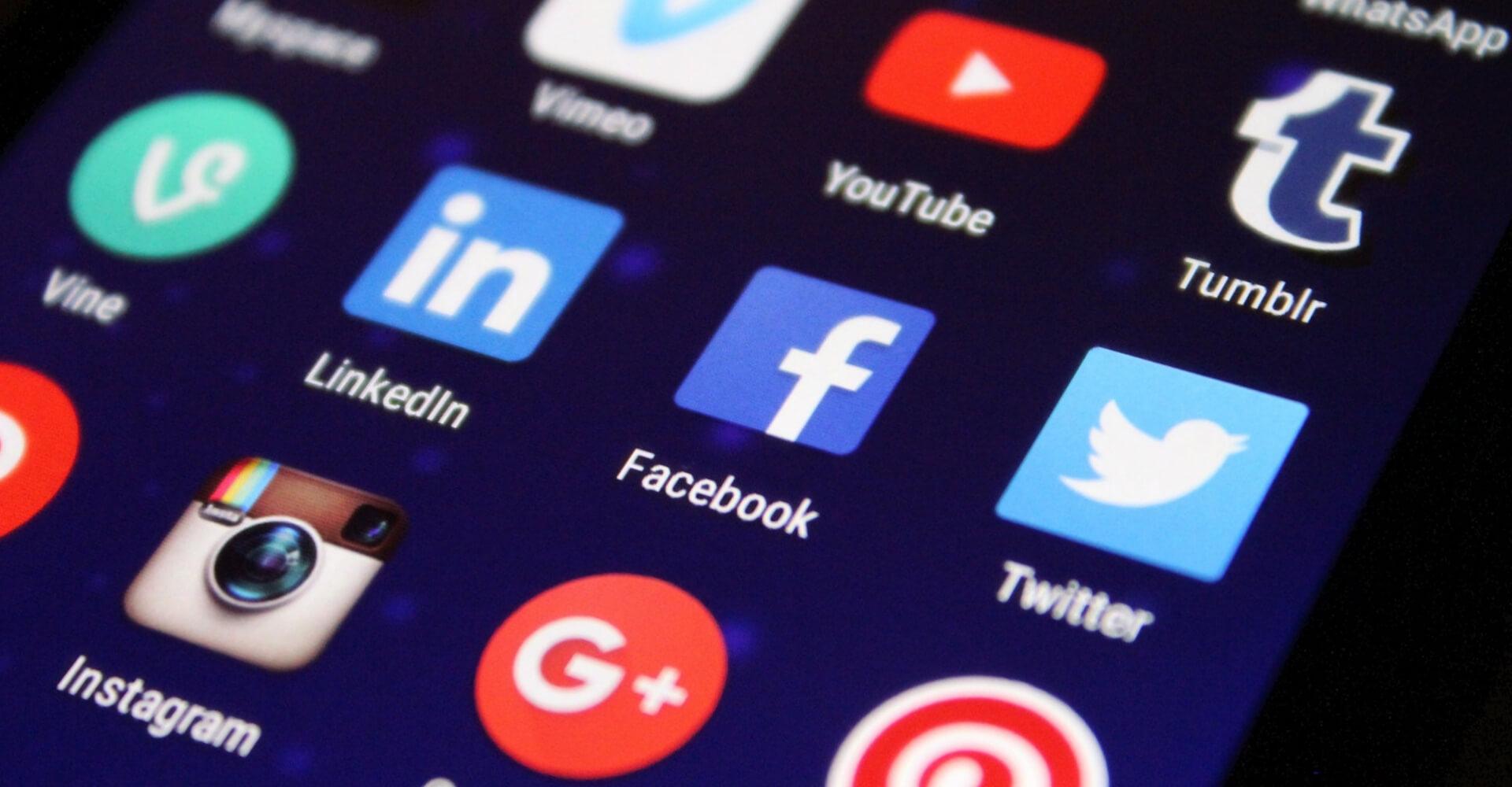 social media czy własny blog?